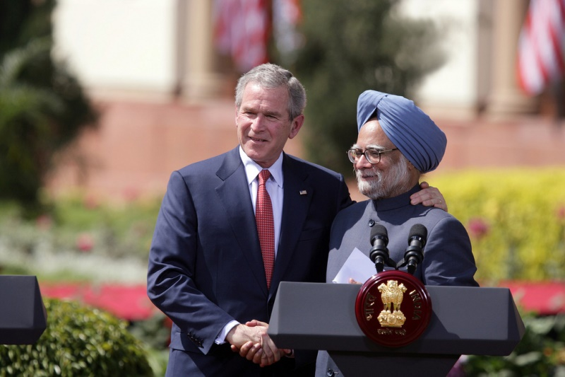 Former president Bush and Prime Minister Singh on the day the U.S.-India civilian-nuclear agreement was reached. Source: U.S. Embassy New Delhi's flickr photostream, used under a creative commons license.