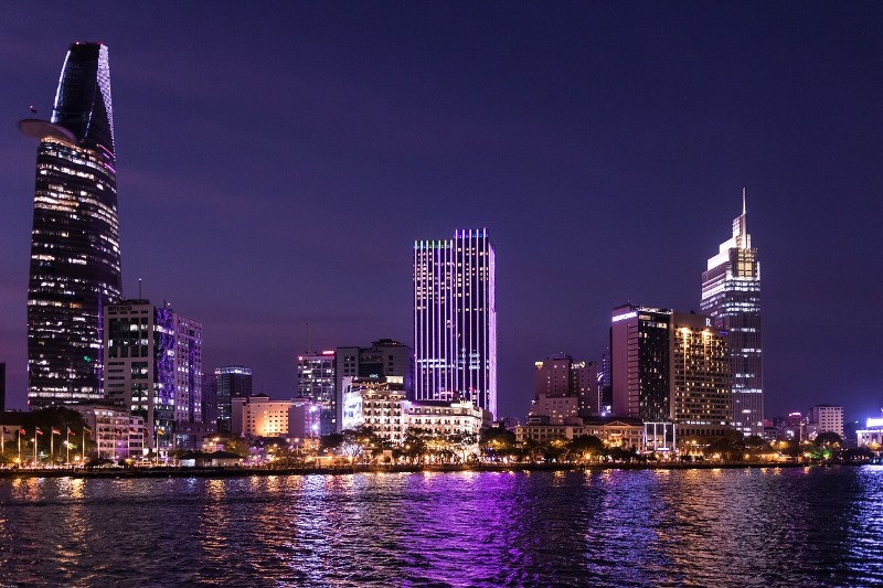 Ho Chi Minh City at night. The city's dynamic culture has made it home to many start-ups in Vietnam, with more expected to emerge in the coming years. Source: Image in the public domain.